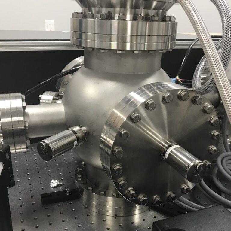 Vacuum UHV chamber